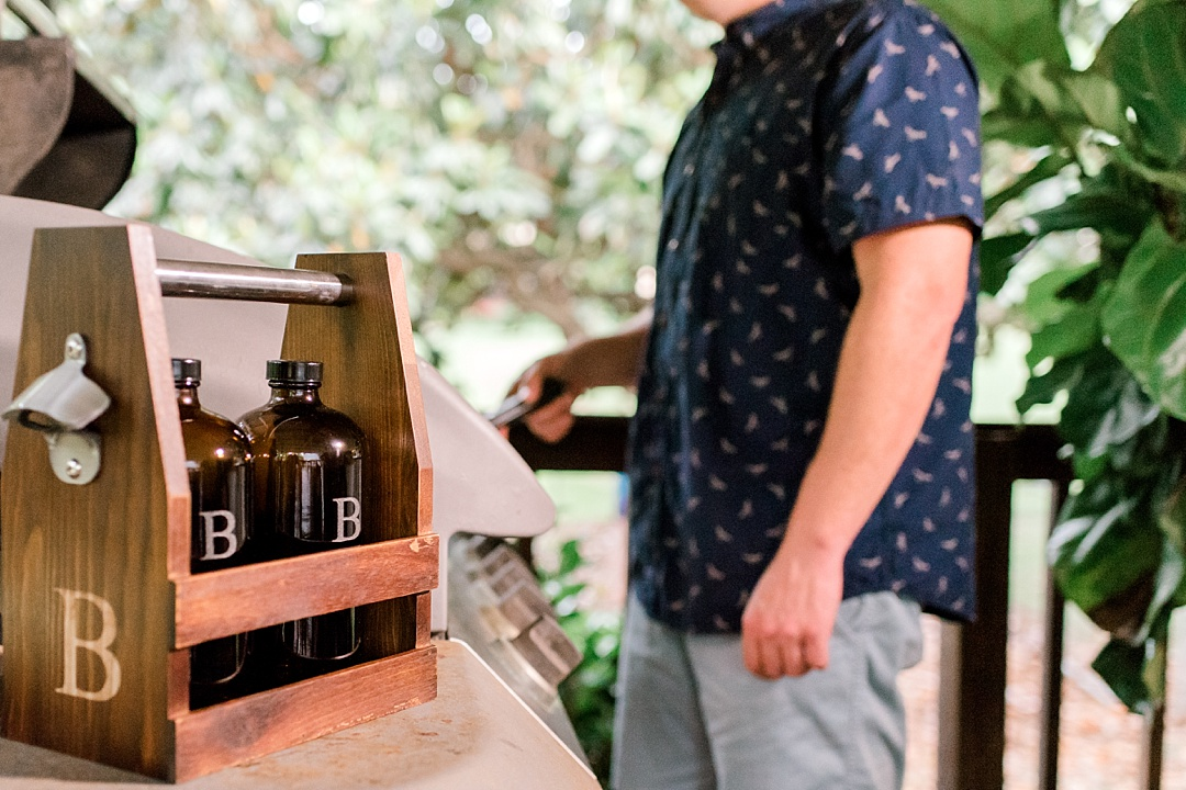 https://groomsday.com/collections/personalized-growlers/products/rustic-craft-beer-carrier-with-two-growlers