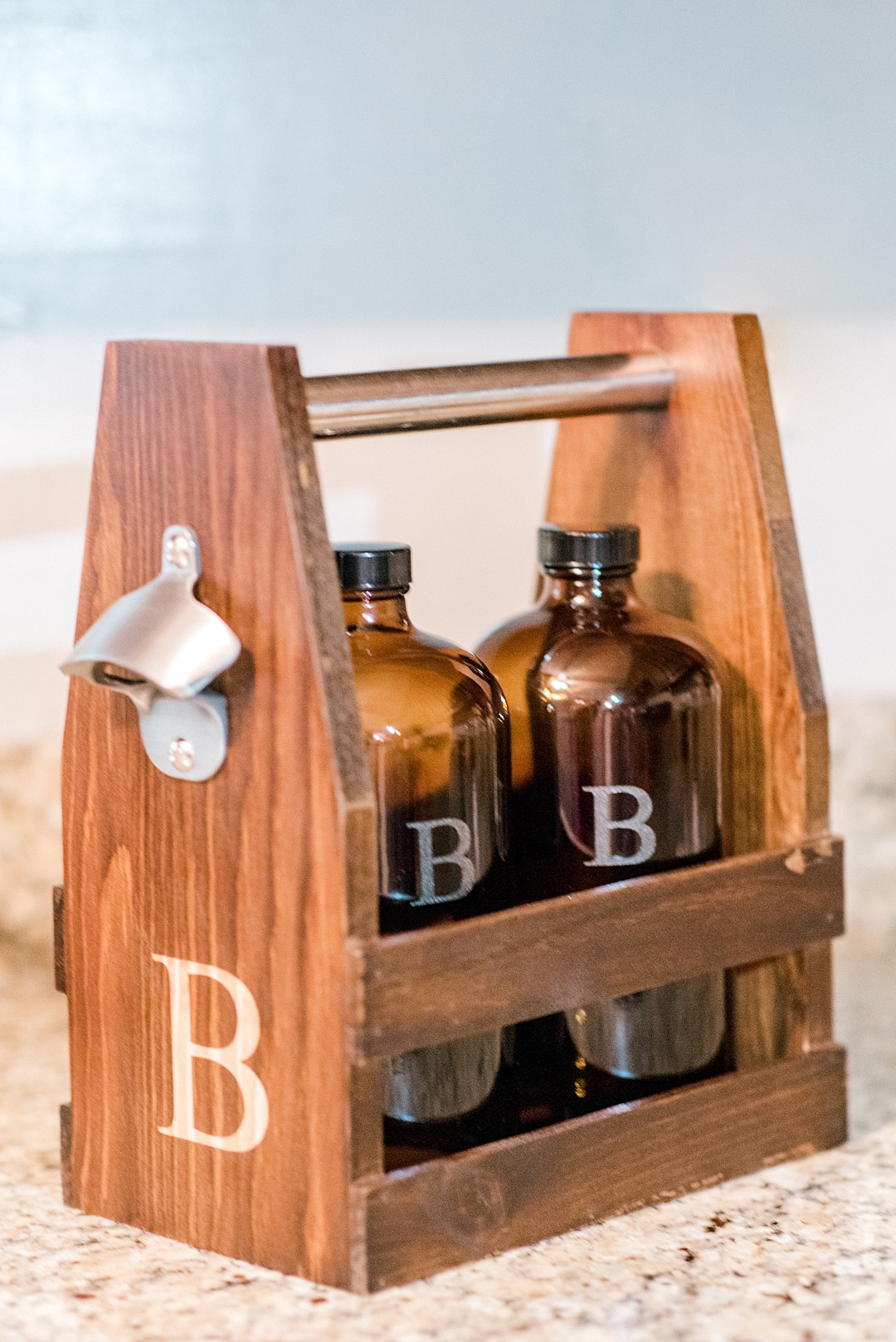 growlers and caddy groomsmen gifts wedding gifts personalized monogrammed wedding gifts melissa brewer photography greenville sc wedding photographer