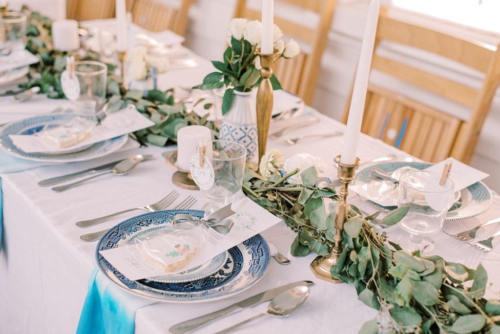 blue white green wedding decor candles al fresco wedding outdoor reception charleston sc wedding photography
