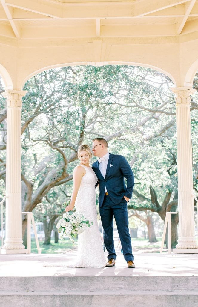 white point gardens portraits bride and groom photos charleston sc wedding photographer